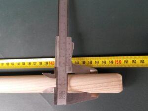 Násada dřevěná jasanová 150 cm/ 25 mm rovná