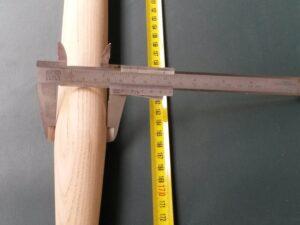 Násada dřevěná jasanová 180 cm/ 40 mm tvarovaná