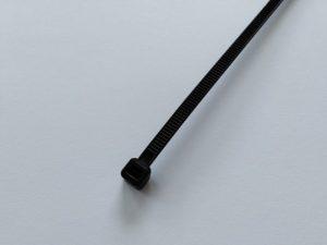 Páska montážní – trvanlivá 300×4,8 mm sUV ochranou