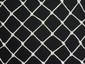 Síťovina uzlová strojní polypropylen (PPV) 40×40/3,0 mm bílá